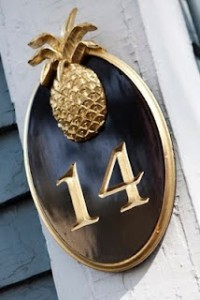 Pineapple Door Number