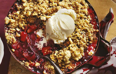 Chocolate, berry and almond crumble