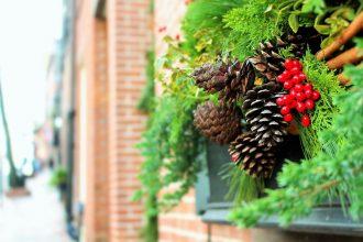 Christmas budgeting tips for a happy holiday season