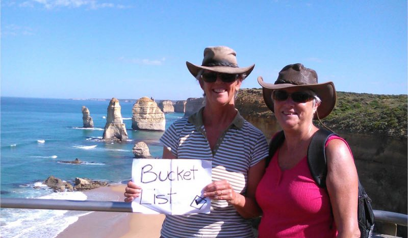 Full Time Nomads – On the Road with Jenn and Jeannette