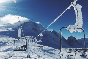 Ski holiday tips for seniors